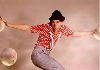 Comedy Clown Murphy. Der Entertainer und Unterhaltungskünstler präsentiert seine Show und Walk Akts als komischer Kellner, Zauberer, Ballonkünstler und Pantomime.